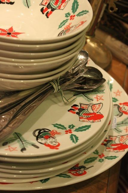 Vintage Swedish Christmas Plates. My Grandma had these...I would love these : swedish dinnerware - Pezcame.Com
