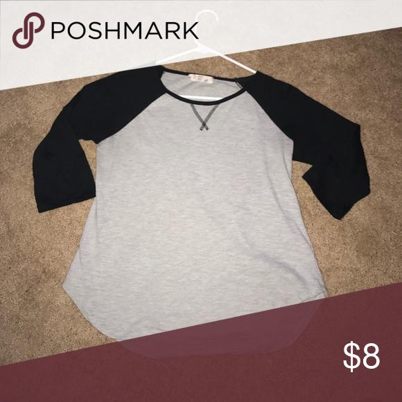 Black and grey baseball tee Fit a size small/medium. Quarter sleeve top Tops Tees - Long Sleeve