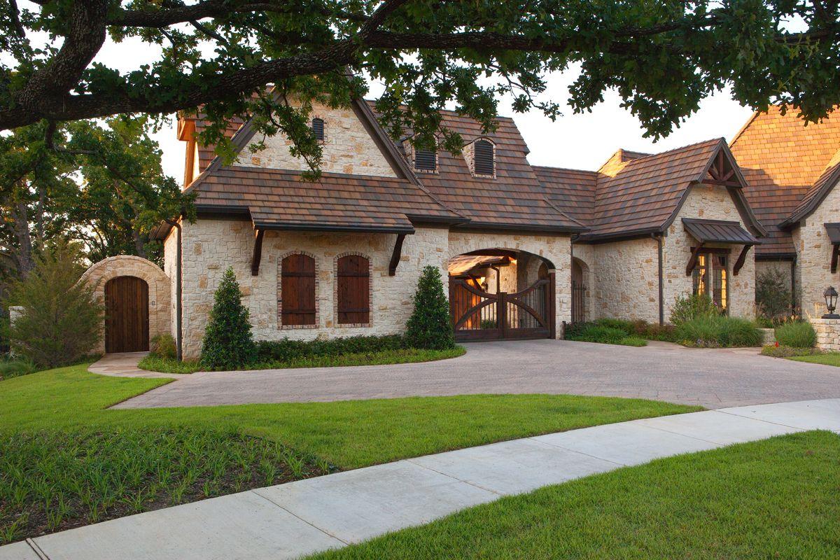 Design By Jamie Linn, Constructed By Veranda Designer Homes Exteriors. The  Left Portion Of