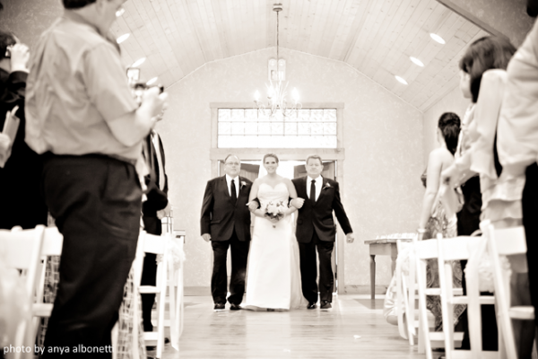 Dealing With Divorced Parents At Your Wedding Perfect Wedding Guide Wedding Advice Wedding Preparation