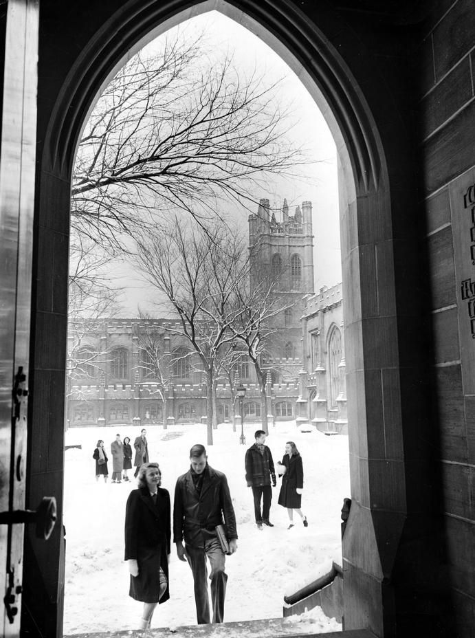Hutchinson Court, University of Chicago 1945