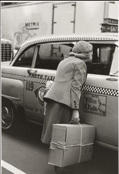 New York 1982. Photo by Helen Levitt © 2016 The Estate of Helen Levitt