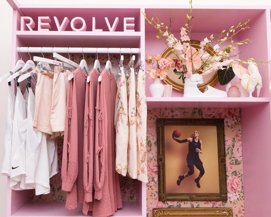 Revolve Social Club