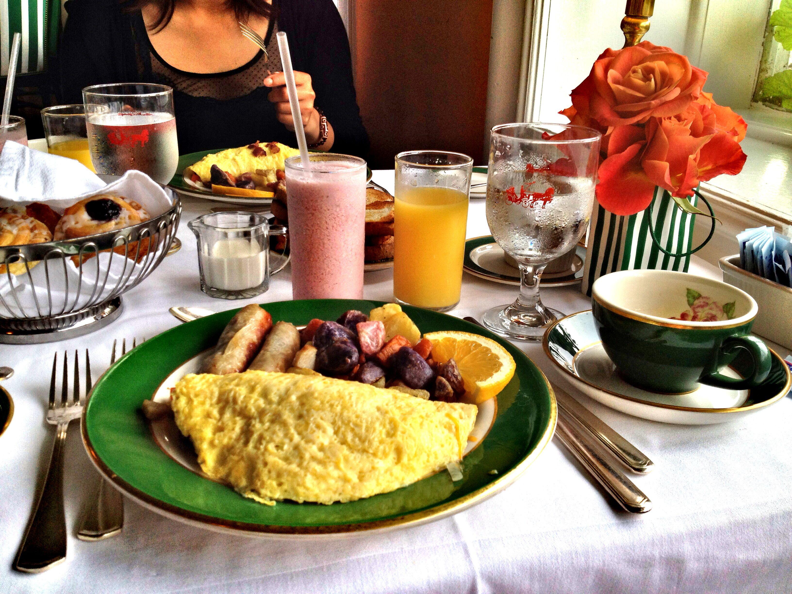 Breakfast At The Grand Hotel Mackinac Island Mi Grand Hotel Mackinac Island Mackinac Island Mackinac