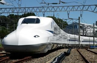 """The ever-evolving """"shinkansen"""" or """"bullet train"""": the most comfortable ride in the world?"""
