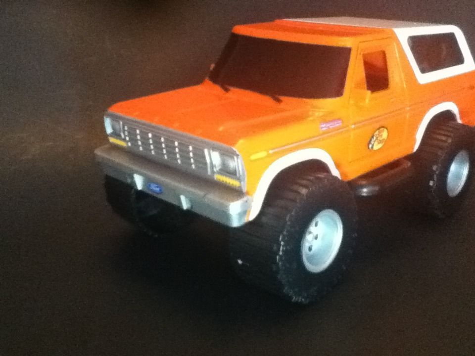 Bass Pro Shops Plastic 1980 Ford Bronco 1 24 2008 Promotional