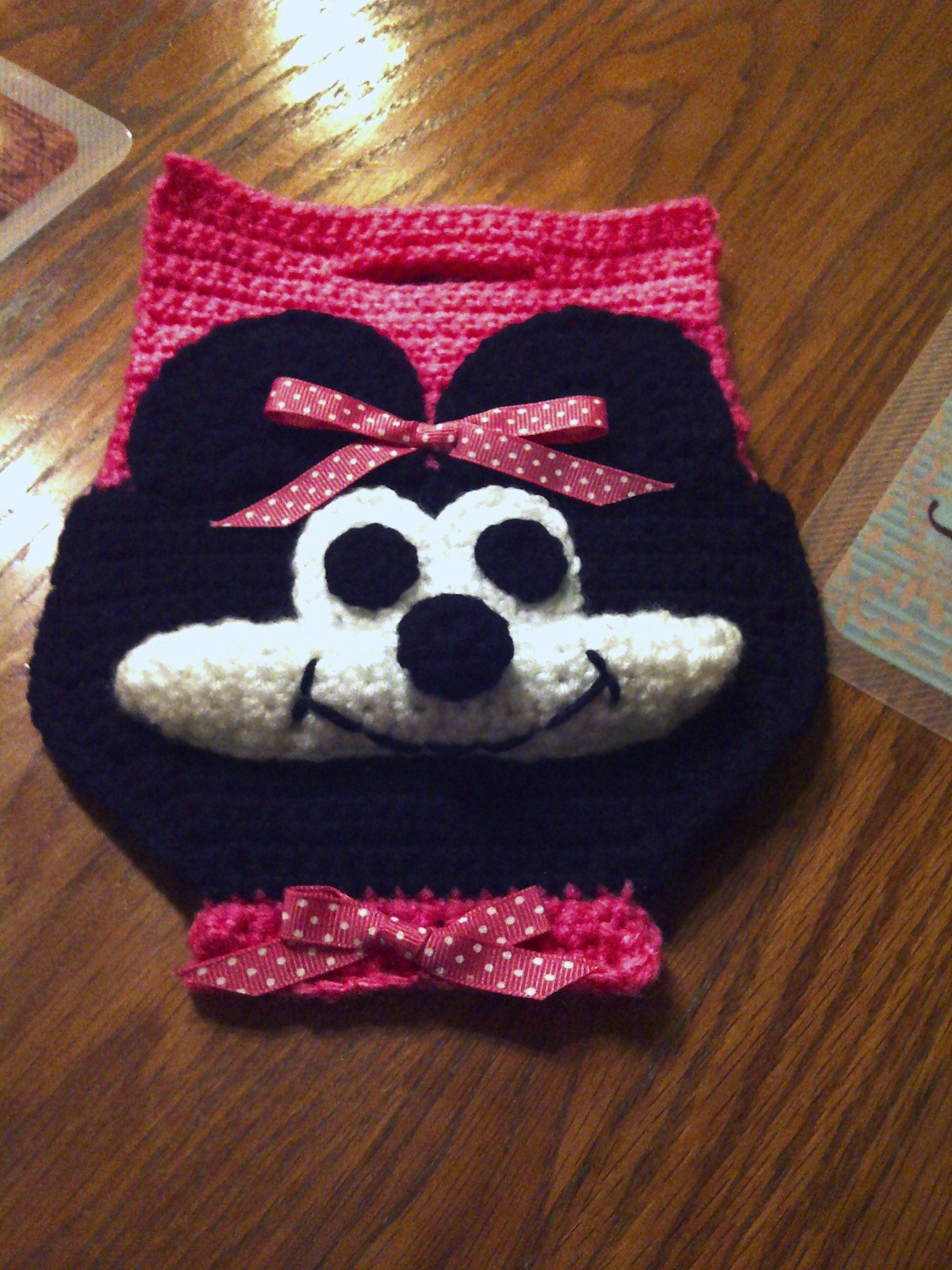 Crocheted Minnie Mouse Inspired Child\'s Purse | My projects to do ...