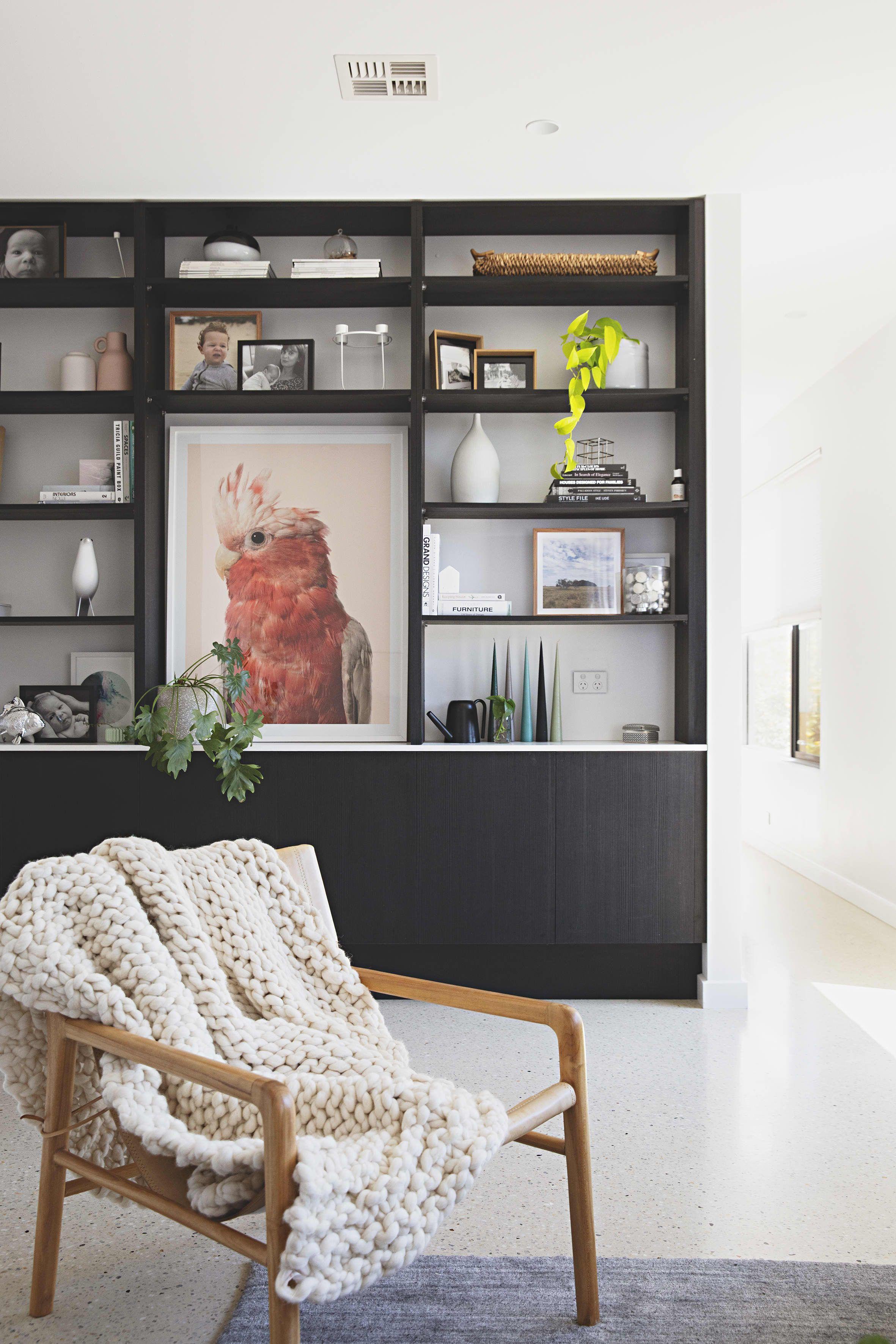 An Australian House Masters Warm Minimal Modern Style Australian Homes Master Bedroom Paint Home Decor