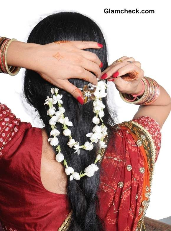 Gajra Hairstyles for all Occasions | Indian wedding hairstyles, Indian bridal hairstyles, Long ...