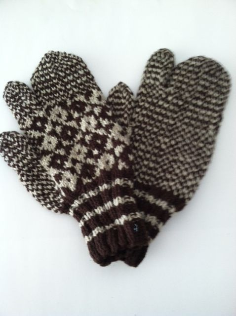 Mittens- Civilian style snowflake pattern with trigger ...