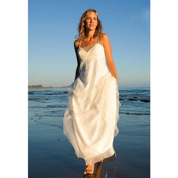 Long Flowy White Beach Dress Images