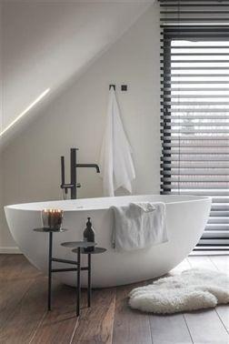 What's hot on Pinterest: modern bathroom decor! - New ideas -  #on #Bathroom decor #hot #is #Modern #Pinterest What  - #ArtDeco #AsianDecorations #bathroom #BohemianDecor #CoastalDecorating #ContemporaryDecorating #decor #DiningRoomDesign #EclecticDecor #FrenchDecorating #Hot #ideas #MediterraneanDecor #MidCenturyModern #modern #ModernDecoration #MoroccanDecor #pinterest #ShabbyChicDecor #ShabbyChicFurniture #TraditionalDecor #TransitionalDecor #TropicalDecorating #WesternDecor #What39s