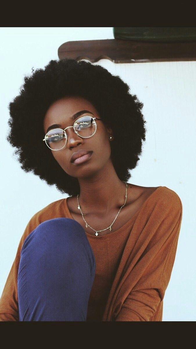 Hair that defies gravity  InspiraçãoCabelo Natural  Pinterest