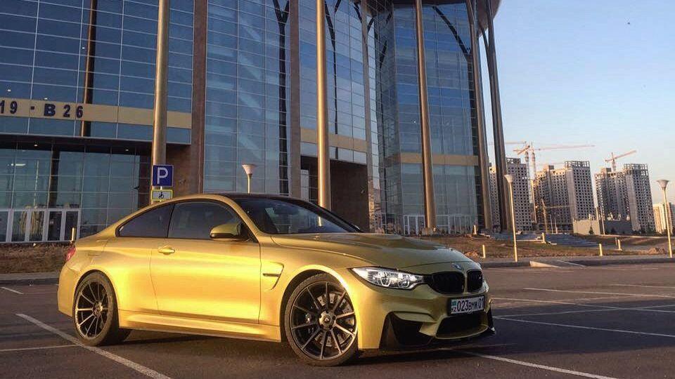 BMW M4 Coupe M4_YellowFever