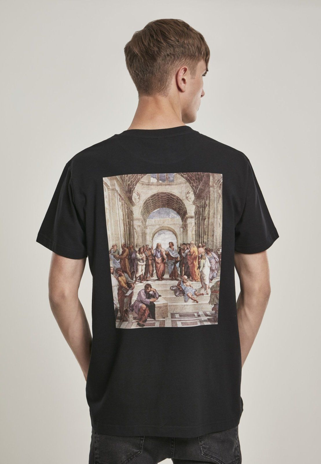 """Quite a funny shirt that combines the casual """"Crew Love Is True Love"""" slogan with a picture imprint of ancient Greek homies: the perfect tee to hang out with your best buddies or to stir up the city. And a guarantee for starting delightful conversations with strangers, since anyone who will take a look at this easy shirt will just have to smile. 100% Cotton"""