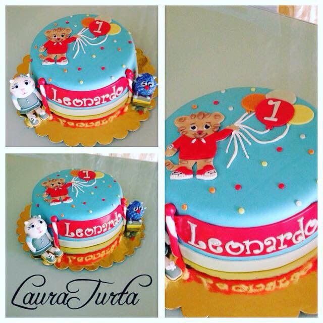 Daniel Tiger cake fondant - GU - Caterina - happy birthday baby boy- Leonardo - 1st