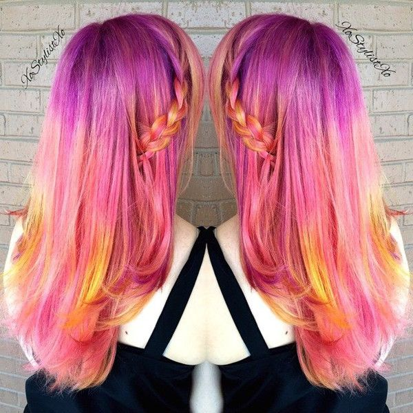Lovely colorful hair style with purple, pink and yellow~ incredible nice show~