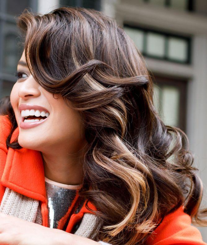 The Salon At Ulta Beauty Ultabeauty 2017 Fall Hair Trends Caramel Highlights Salon Hair Color Fall Hair Trends Fall Hair