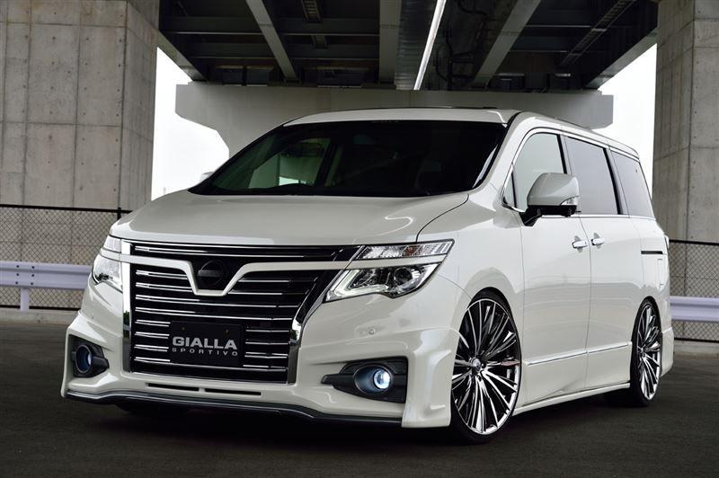 Nissan Elgrand E52 - GIALLA | Japan Cars | Pinterest ...