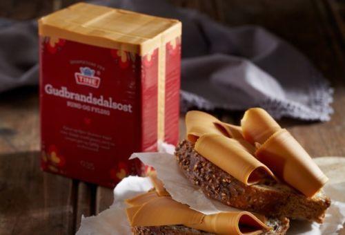 Brunost Gudbrandsdalsost Norwegian Brown Cheese 1000g Midevil Food Food Norwegian Food
