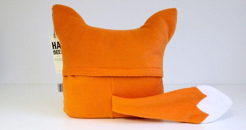 Kissen Fuchs Kissen Ein Designerstuck Von Ha Nee Bei Dawanda