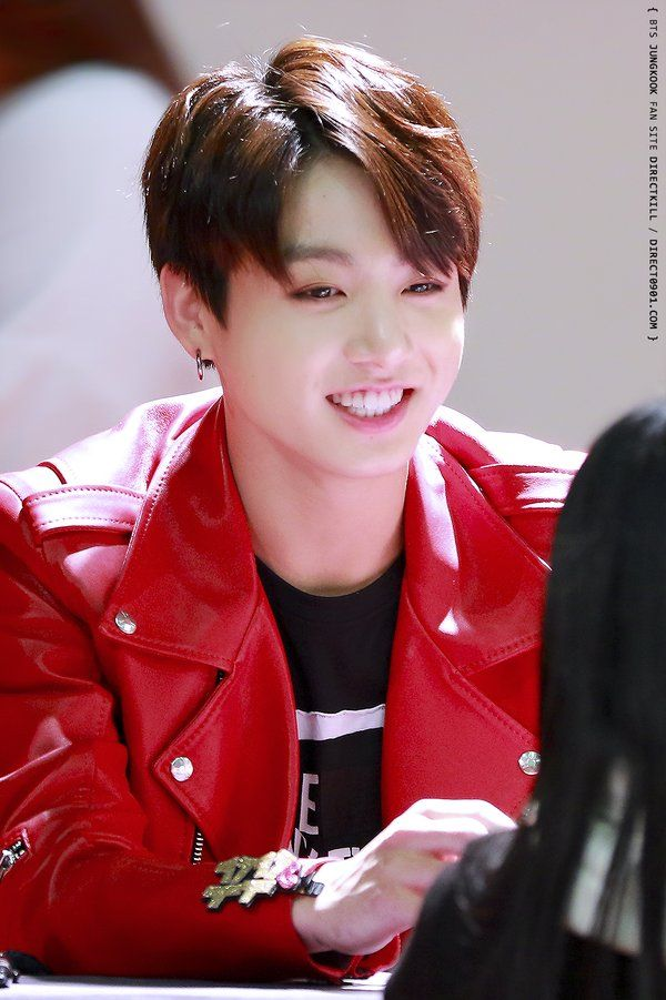 Jungkook // that smile though #jungkookie   Kookie ...