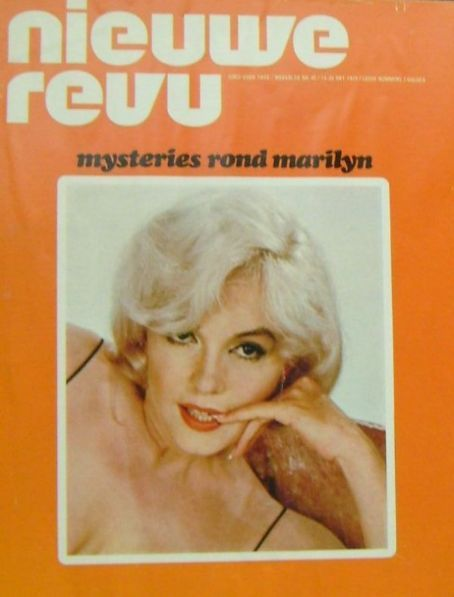 Nieuwe Revu - October 14th 1972, magazine from Holland. Front cover photo of Marilyn Monroe by Eve Arnold, 1960.