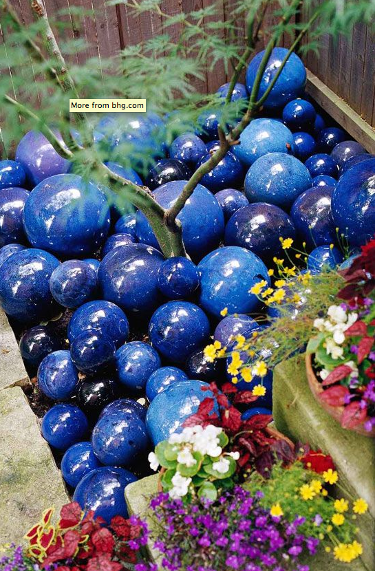 Decorative Yard Balls These Decorative Balls Bring Mulch To A Whole Other Level Of