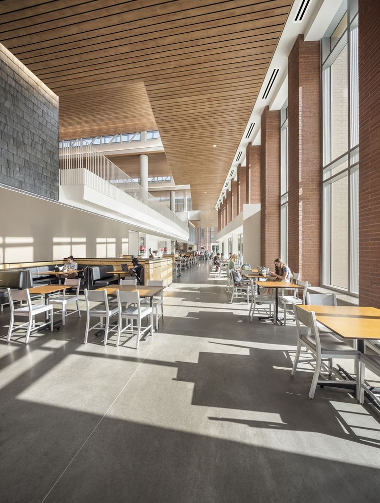 Gallery Of Clemson University Core Campus Dining Facility Sasaki 9 Cafeteria Design Campus Design College Dining Hall