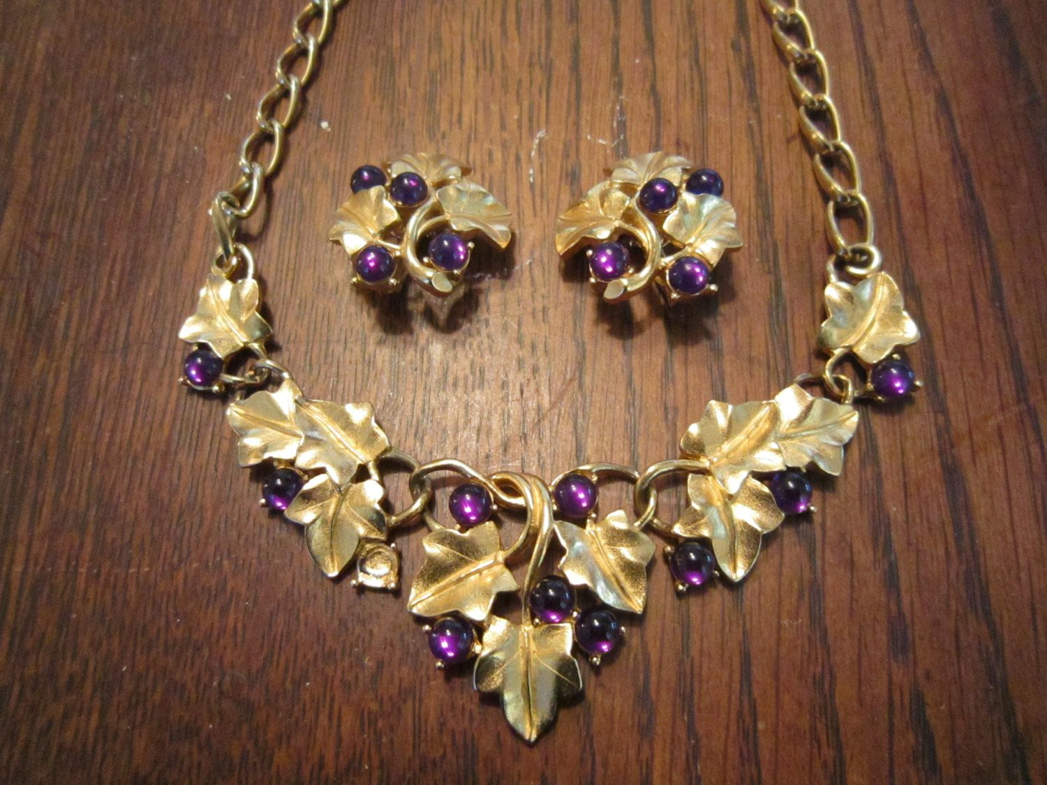 Kunio Matsumoto Grape Leaves and Grapes Matte Gold Tone Necklace and Earrings by HeartoftheSouthwest on Etsy