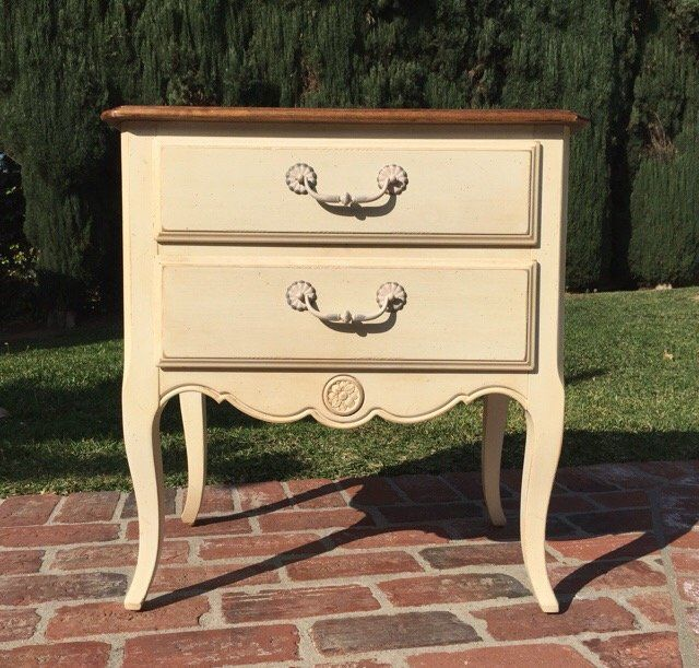 Ethan Allen Country French Nightstand