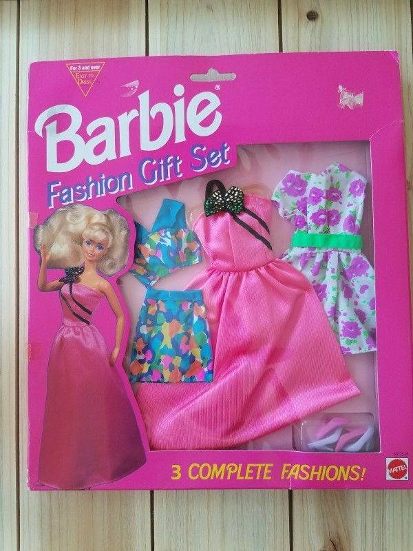 Barbie Fashion Gift Set 3 Complete Fashions Mattel Barbie Barbie Fashion Barbie Gifts