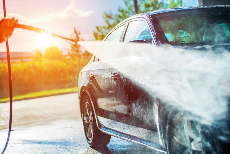 Summer Car Washing Cleaning Car Using High Pressure Water Ad Washing Car Summer Cleaning Water Ad In 2020 Mobile Car Wash Auto Repair Car Detailing