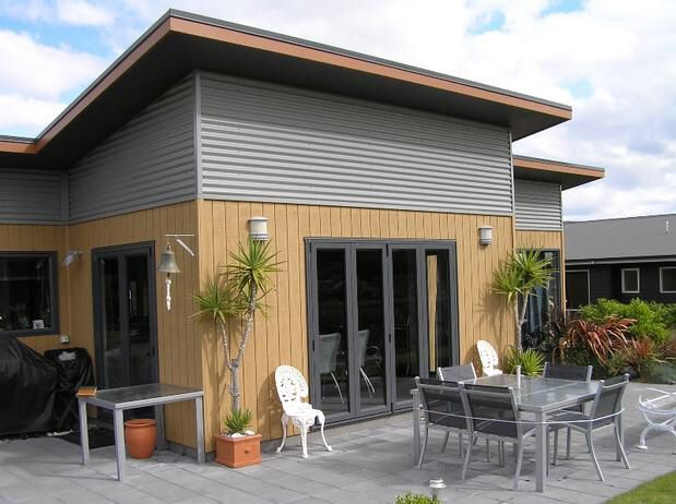 Wood, metal and skillion roof - ticking all the boxes