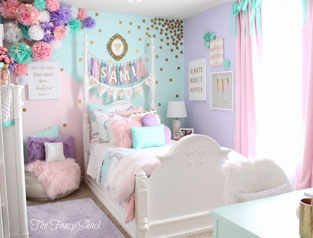Sami says ag the fancy shack girls pastel bedroom room makeover sami 39 s new pastel girls for Unicorn bedroom theme