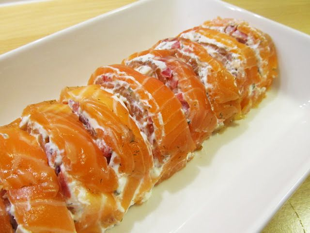 Graavilohirulla – Salt-cured Raw Salmon Roll - myTaste.fi