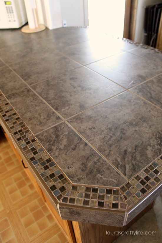 Lauras Crafty Life: Kitchen Makeover: Final Reveal Part One, DIY Tiled Counter Tops  Paredes de