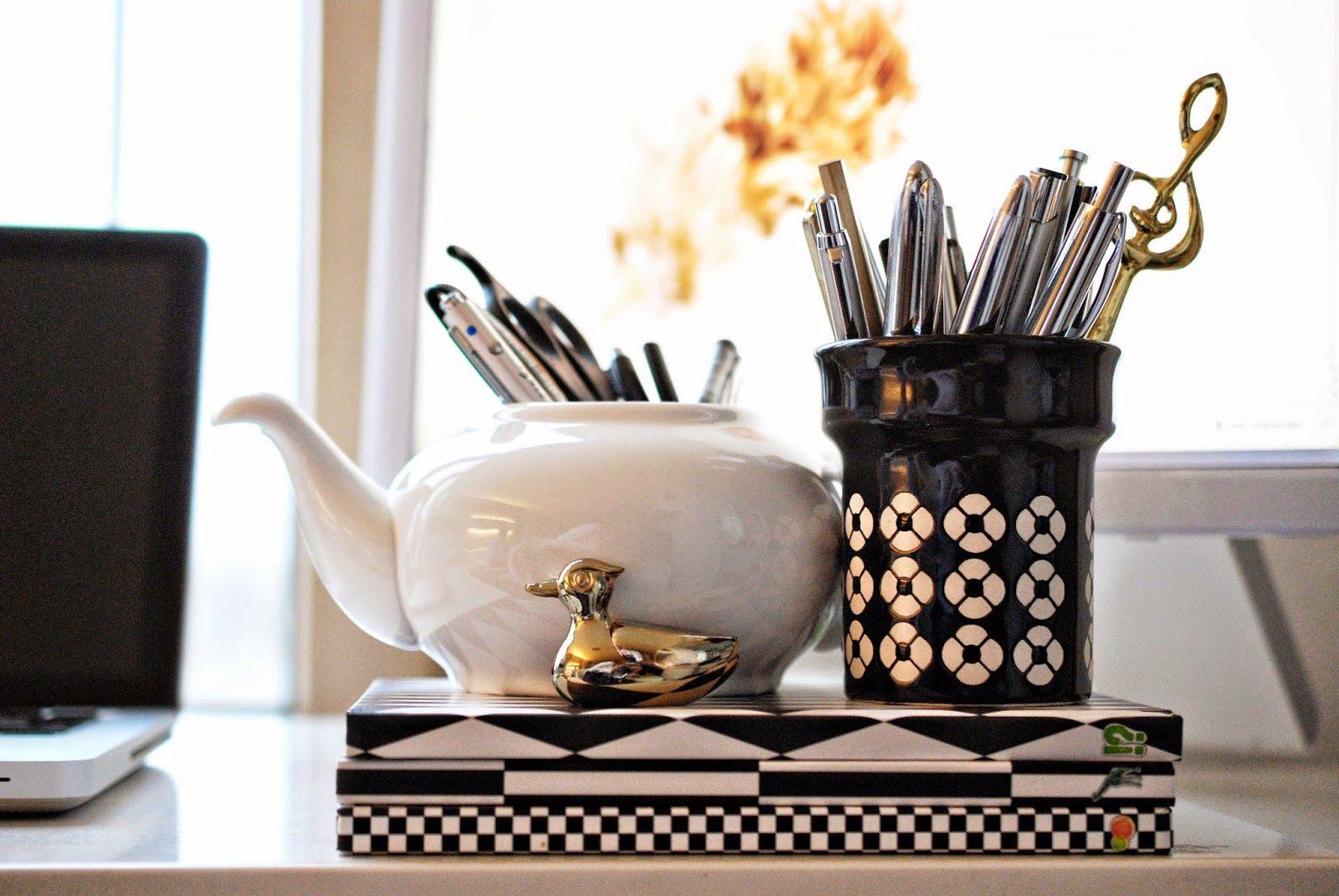 iby lippold haushaltstipps volle kanne im b ro haushalt organisieren. Black Bedroom Furniture Sets. Home Design Ideas