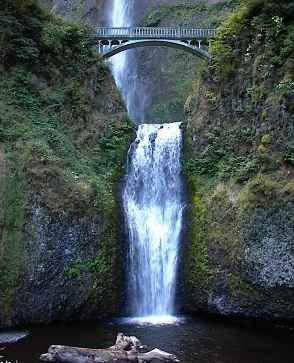 Multnomah Falls and pool. Always remembered driving past this when I was younger.