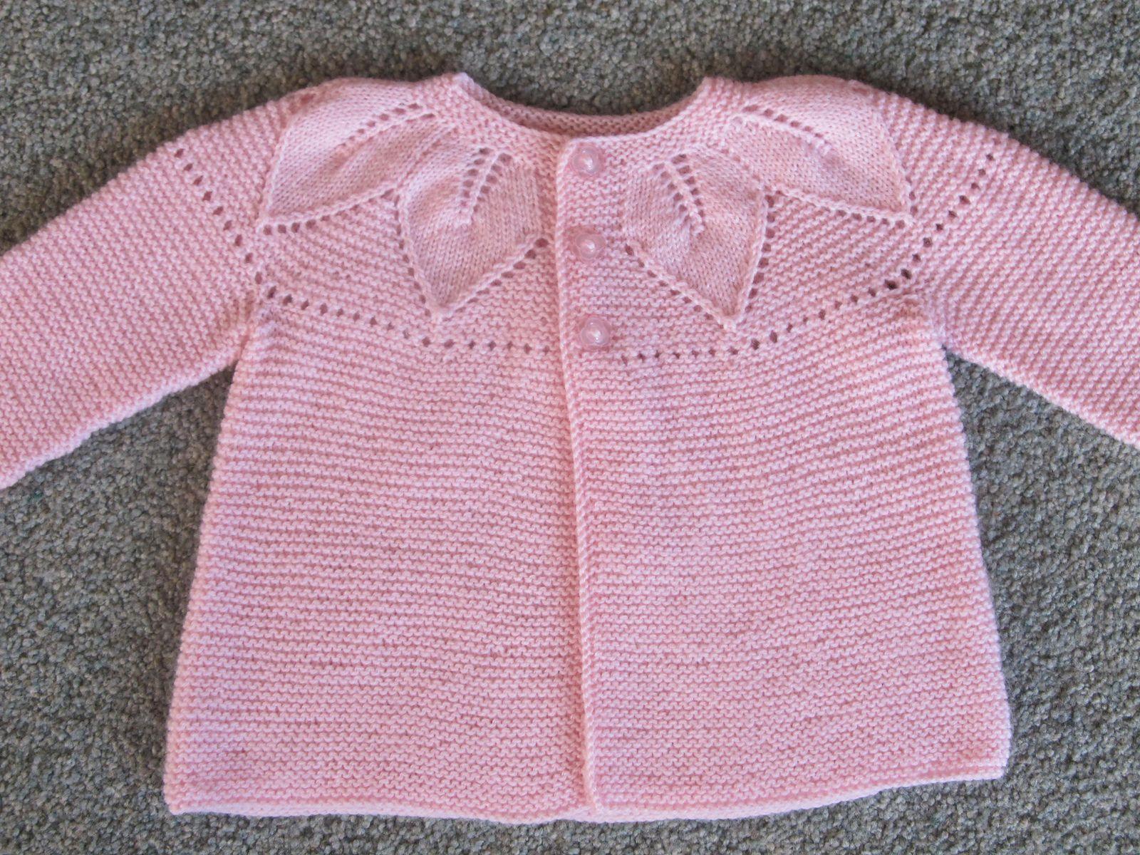 Best 12 Ravelry Foglie Su Legaccio Leaves Of Garter Stitch By Barbara Ajroldi Strickmuster Baby Gestrickte Babykleidung Baby Pullover