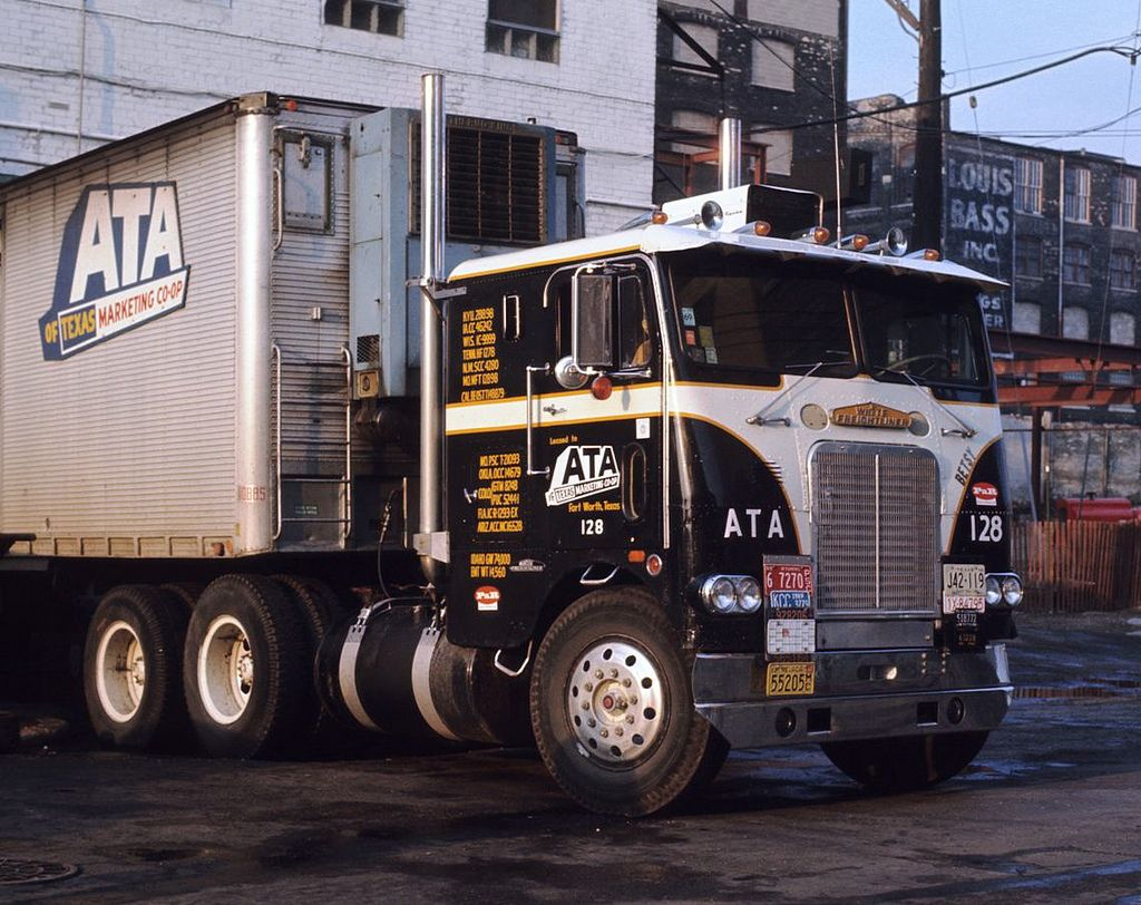 Fancy Freightliner Freightliner Vintage Trucks Freightliner Trucks