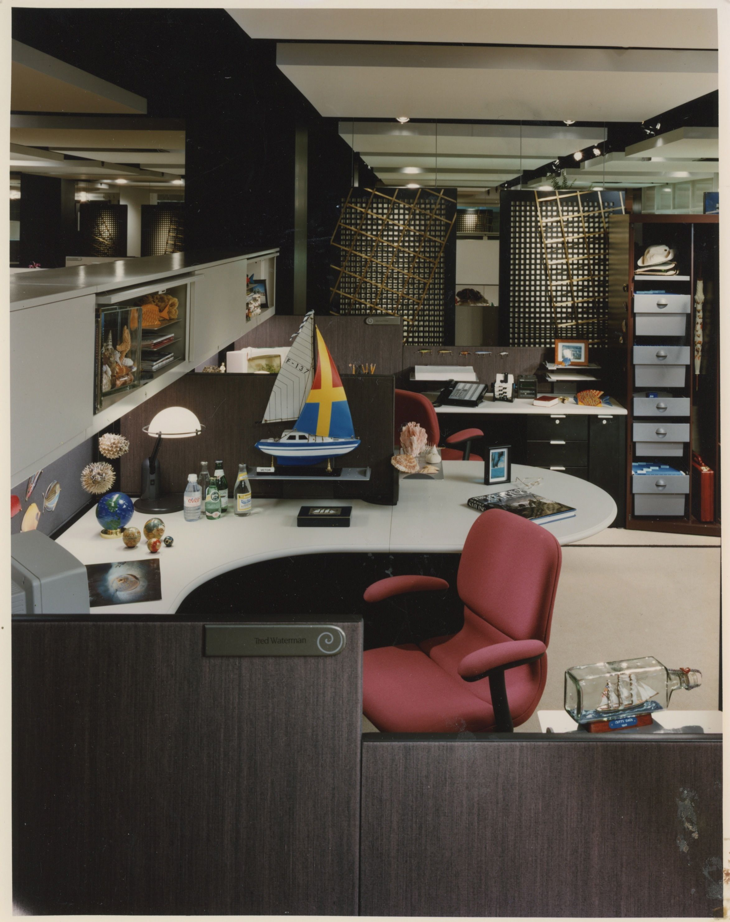 Steelcase showroom photo. Early 1990s. | Home decor, Room ...