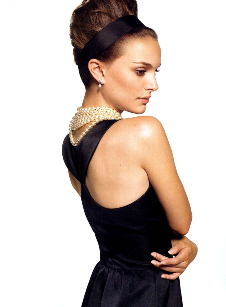 natalie portman wearing audrey hepburn s dress from breakfast at tiffany s fashion. Black Bedroom Furniture Sets. Home Design Ideas