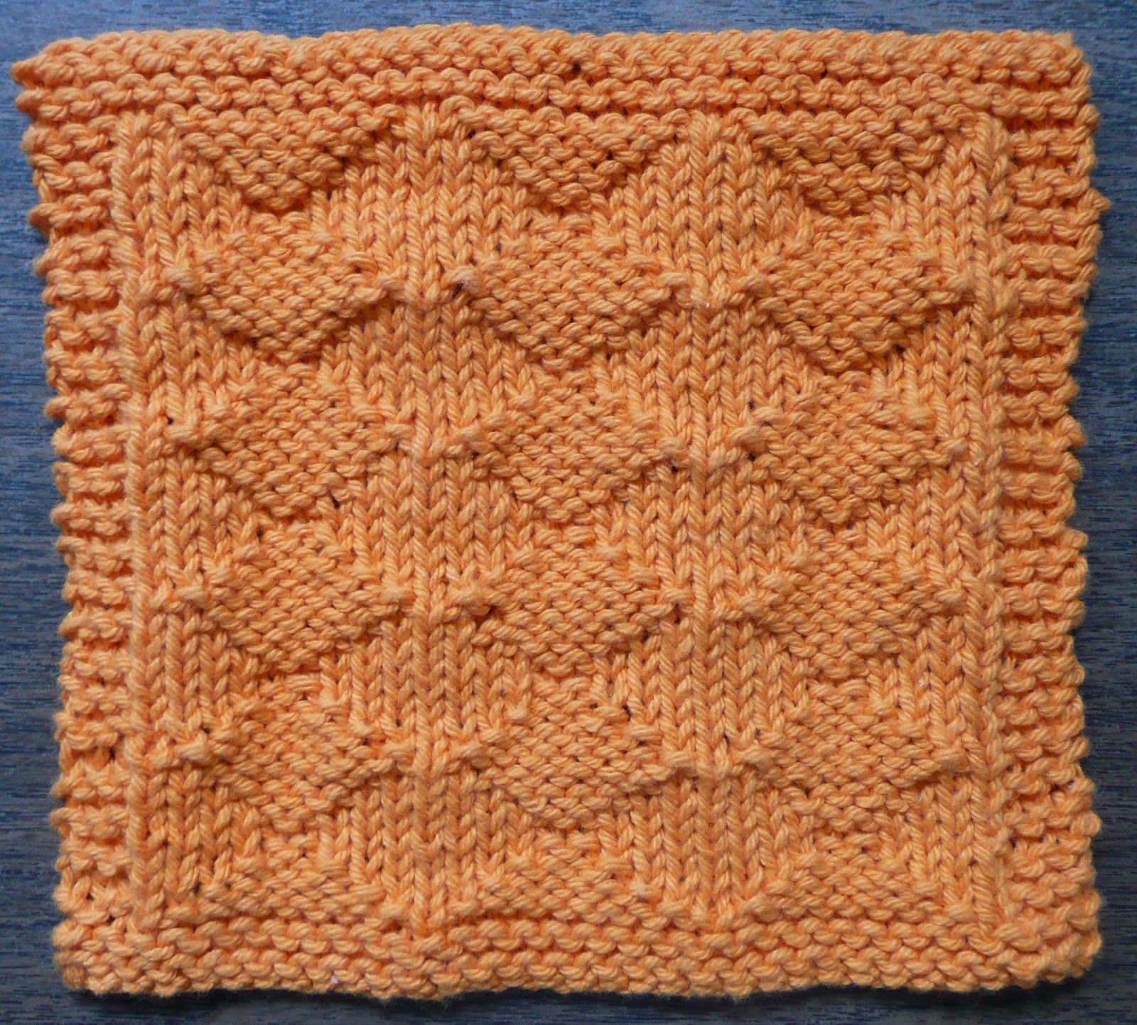 Perfect one ounce dishcloth free patterns free pattern 6 diamond lil one ounce dishcloth free knitting pattern skill level easy textured pattern has a different look on the front and back bankloansurffo Image collections