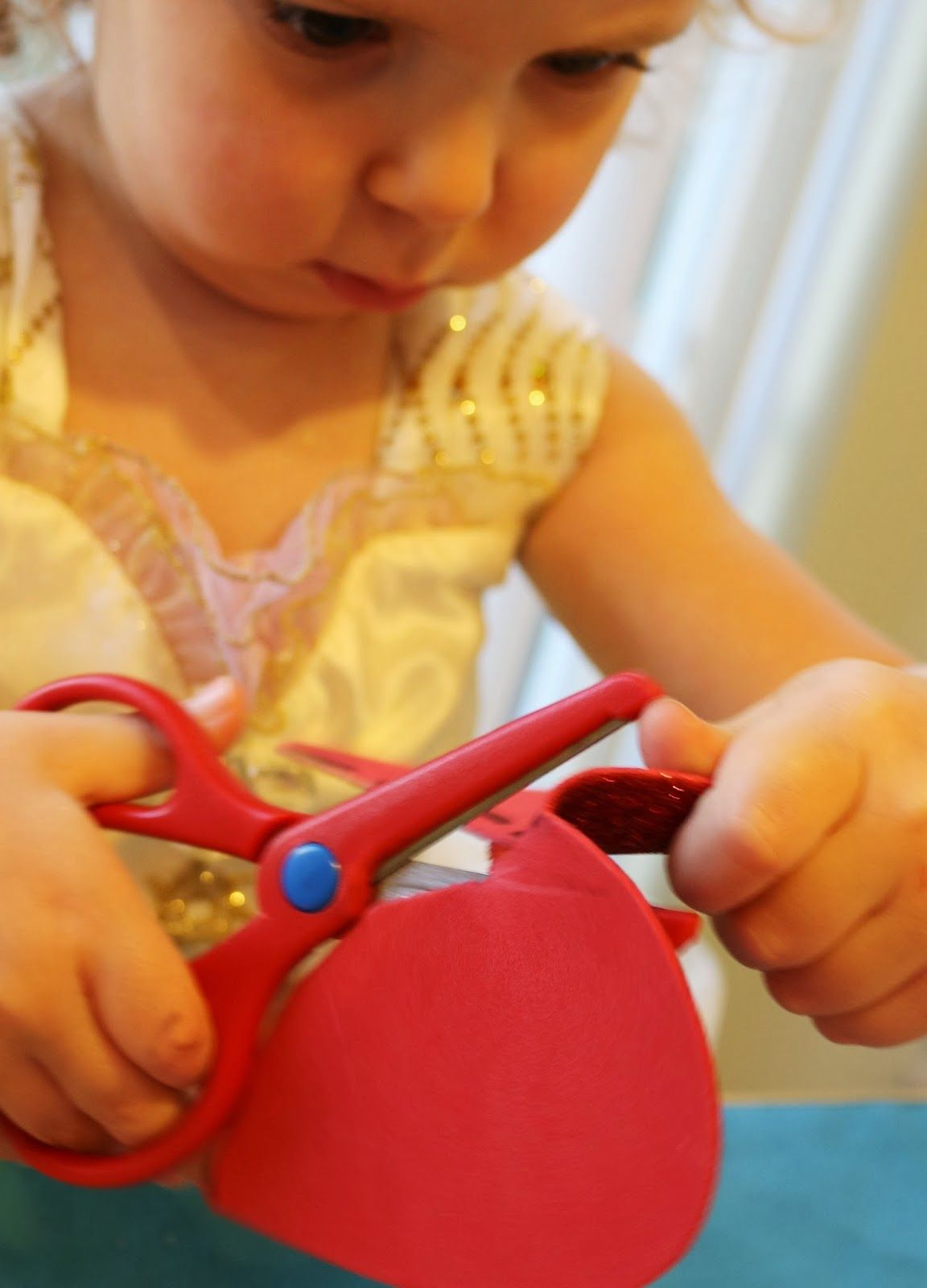 School Time Snippets: Broken Hearts: Valentines Cutting Practice {Fine Motor Friday}