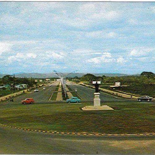 Galeria Dominican Republic: AV.CHURCHILL CON 27 DE FEBRERO. 1974 SANTO DOMINGO