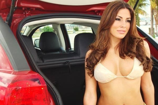 #Nayer Regalado | Latin Beauty | Swimwear, Sexy, Bra
