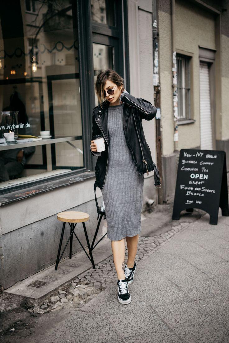 wie man ein einfaches kleid kombiniert berliner mode stil bequem m helos cool. Black Bedroom Furniture Sets. Home Design Ideas