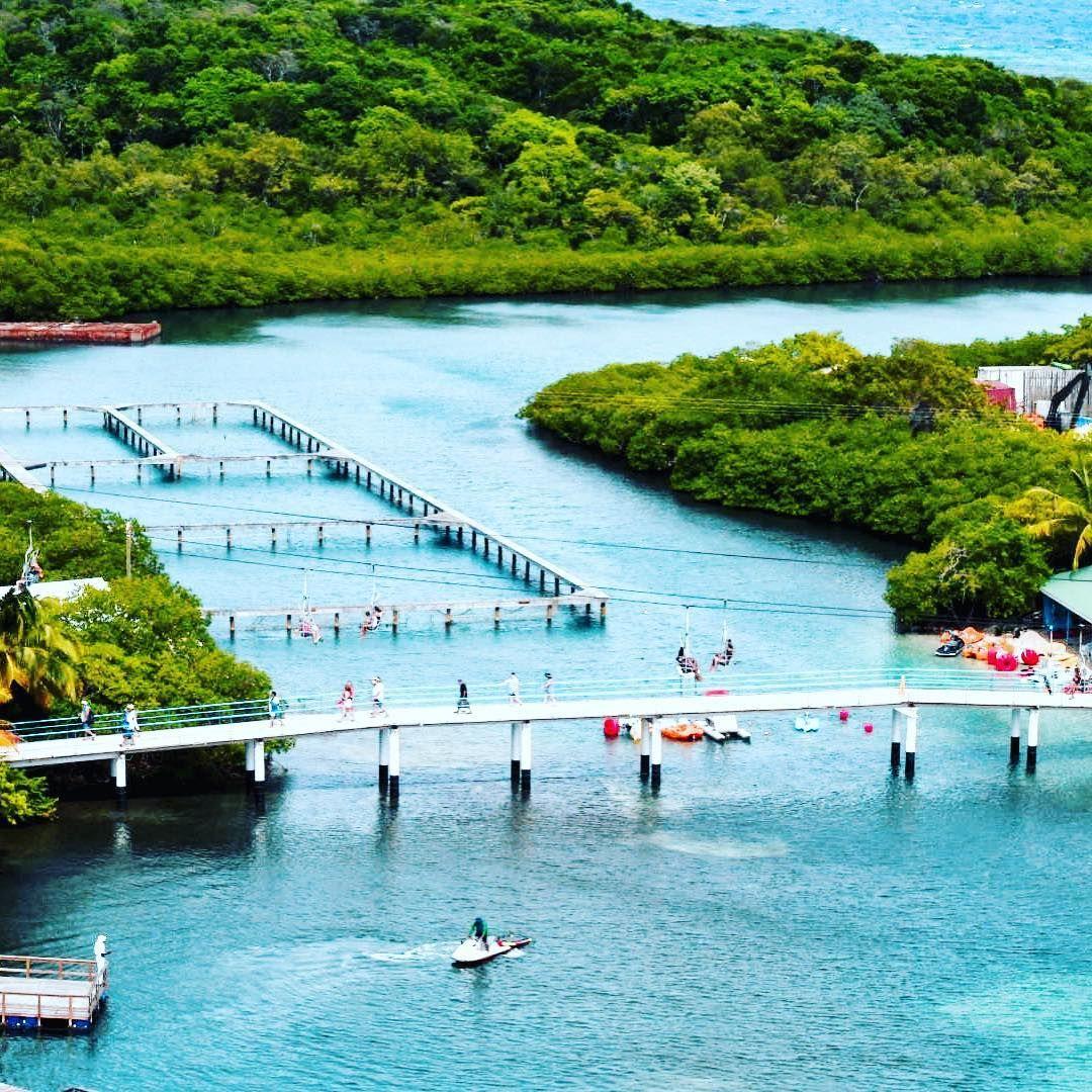 Roatan Island, Mahogany Bay, Honduras. Stunning Place To Visit. Nature At  Its