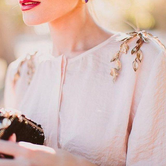 invitada boda blog broche laton araña | Invitados de boda ...
